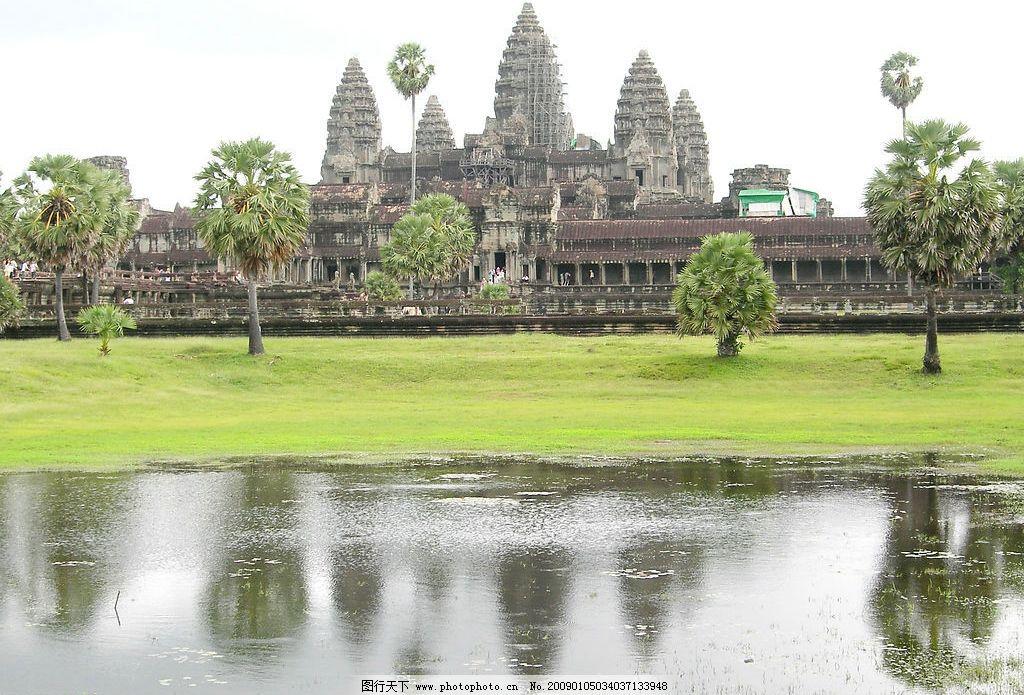 国外旅游  柬埔寨旅游风景高清摄影图片 柬埔寨 蓝天 湖水 塔 自然