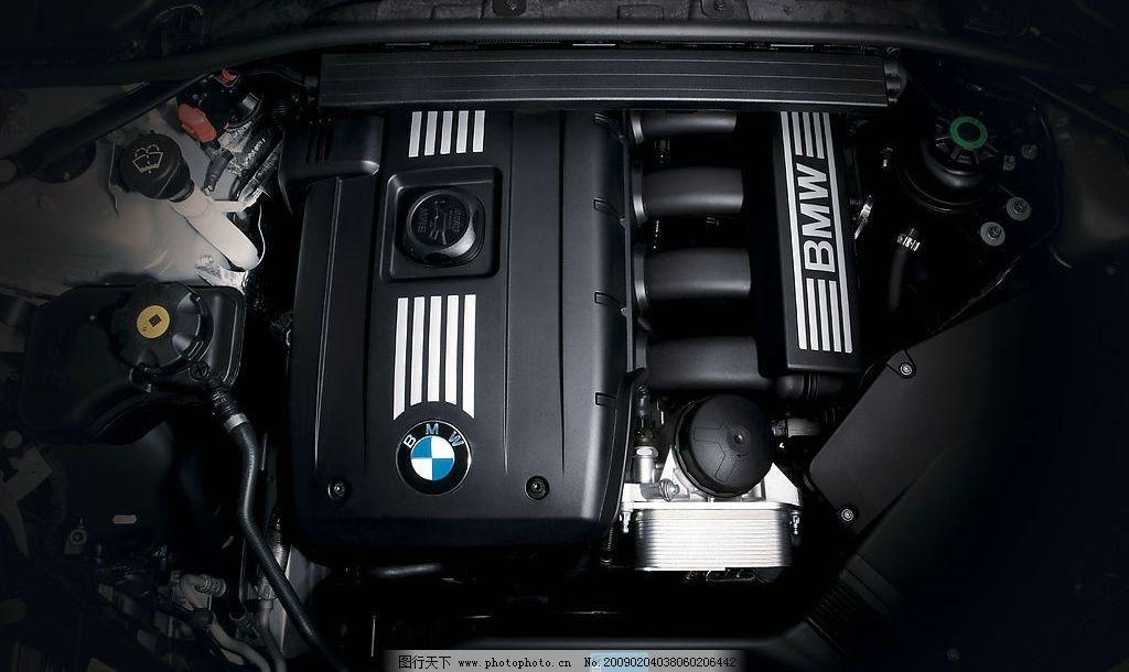 宝马325 发动机 特写 宝马 3系 发动机舱 宝马直列6缸发动机 俯视图