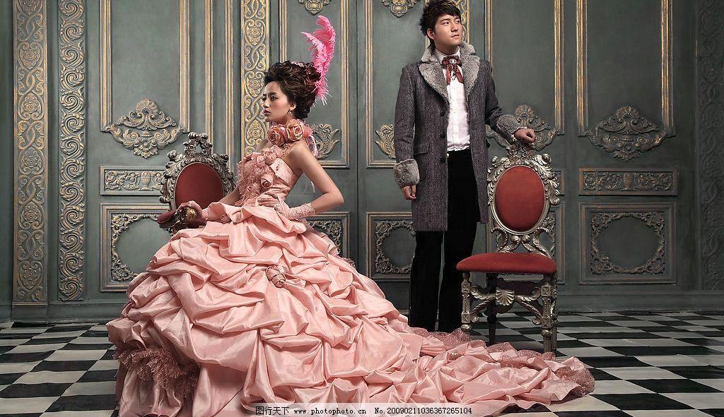 婚纱照 结婚照 英伦风格 华贵 红色婚纱 皇室 情侣 人物摄影 摄影图库