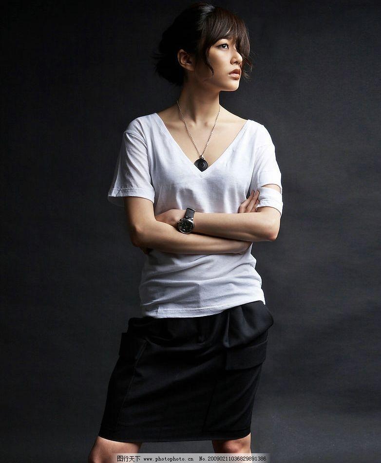 韩国美女 漂亮美女 性感美女 魔鬼身材 韩国宝贝 大眼睛美女 人物图库