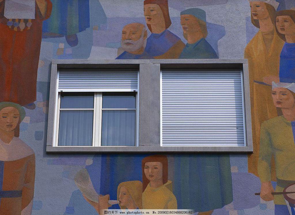 外窗绿化 窗外风景 卷帘 玻璃 个性墙面 自然景观 自然风景 摄影图库