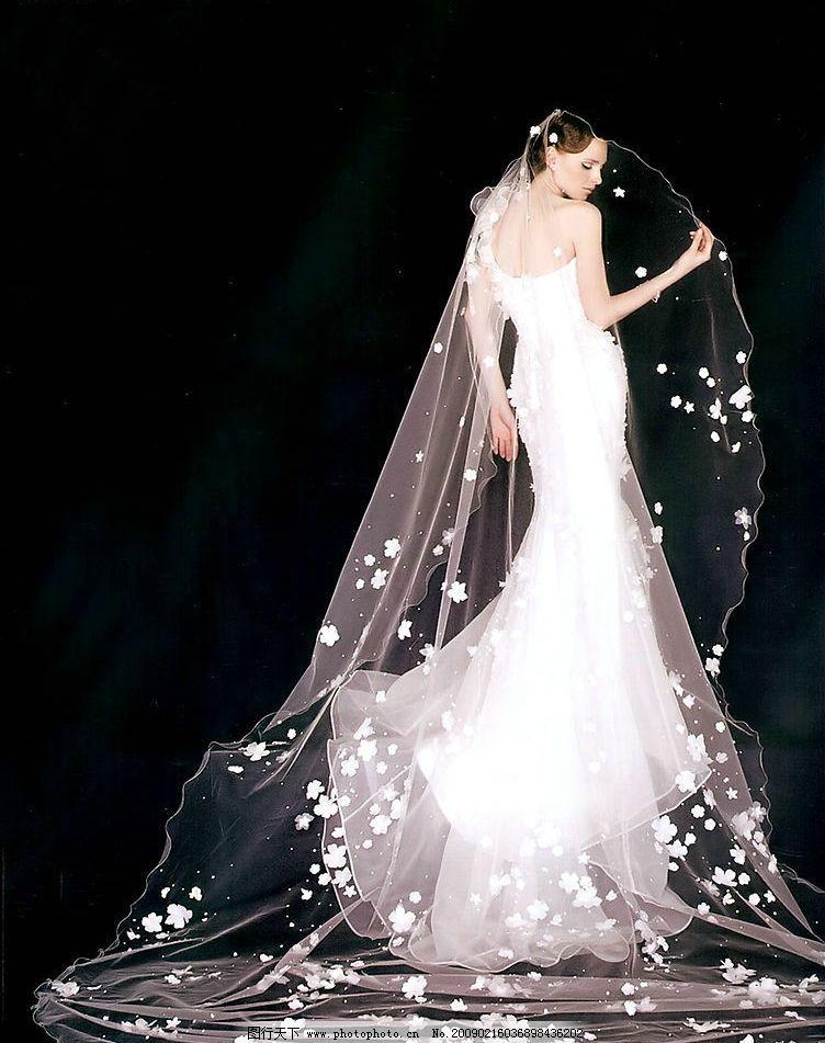 穿婚纱手绘女孩背影