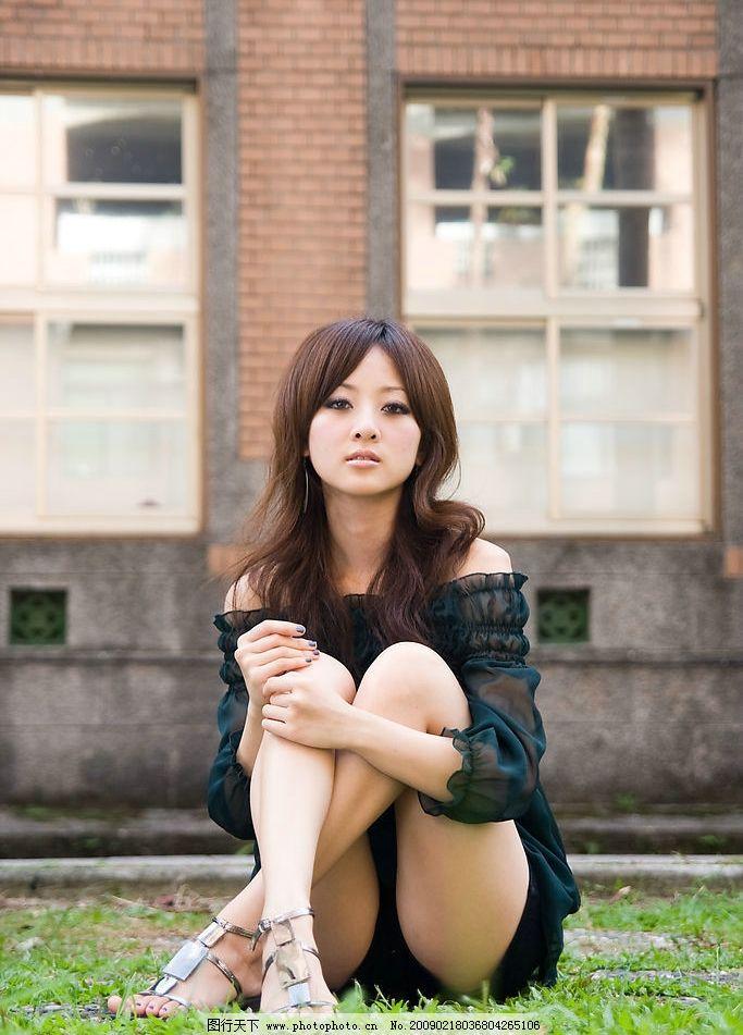 台湾 网络 超人气 美女 果子 妹妹 邻家 时装 短裤 性感 微笑 女孩
