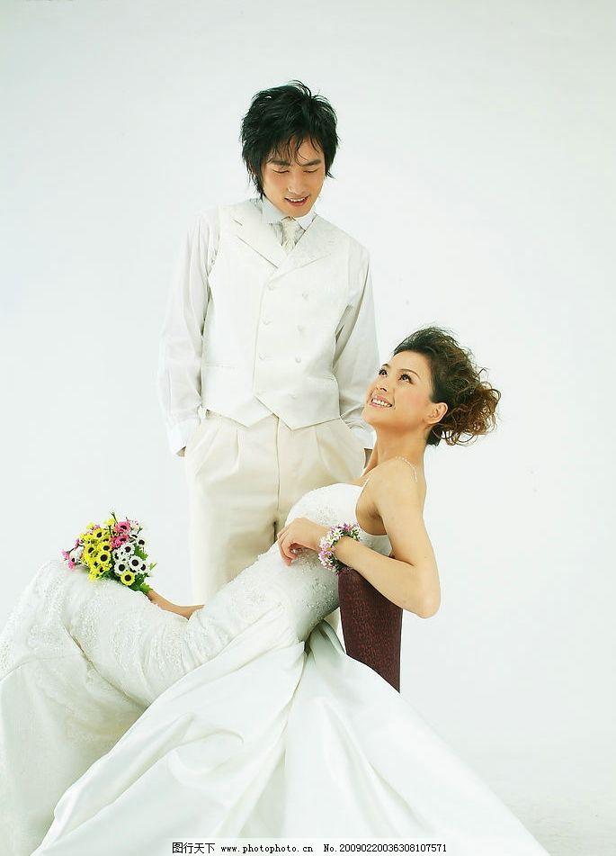 婚纱照 恋人 结婚 婚纱 甜蜜 男女 夫妻 人物图库 人物摄影 摄影图库