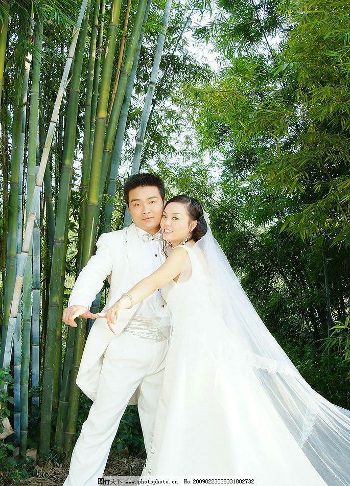 婚纱摄影 男女 竹子 外景婚纱 白色婚纱 人物摄影 摄影图库