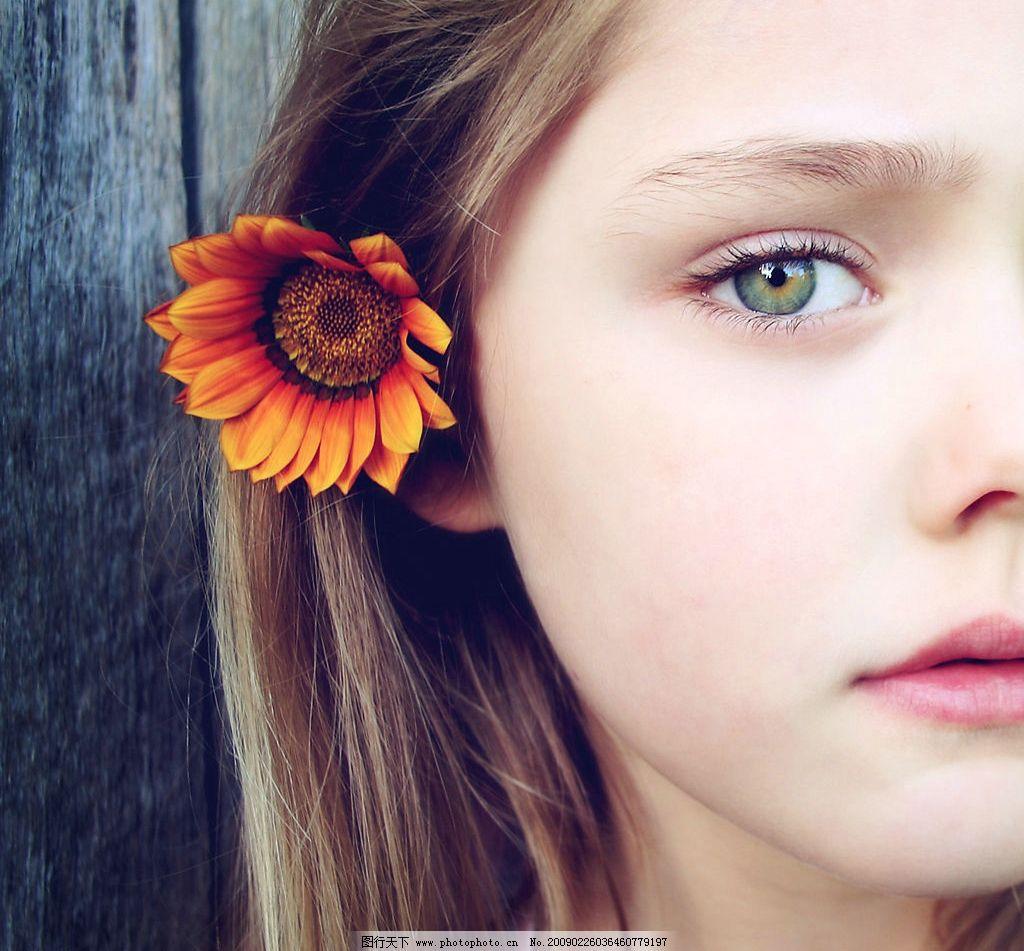 小女孩 孩子 戴花少女 侧脸 美丽 儿童 儿童幼儿 摄影图库