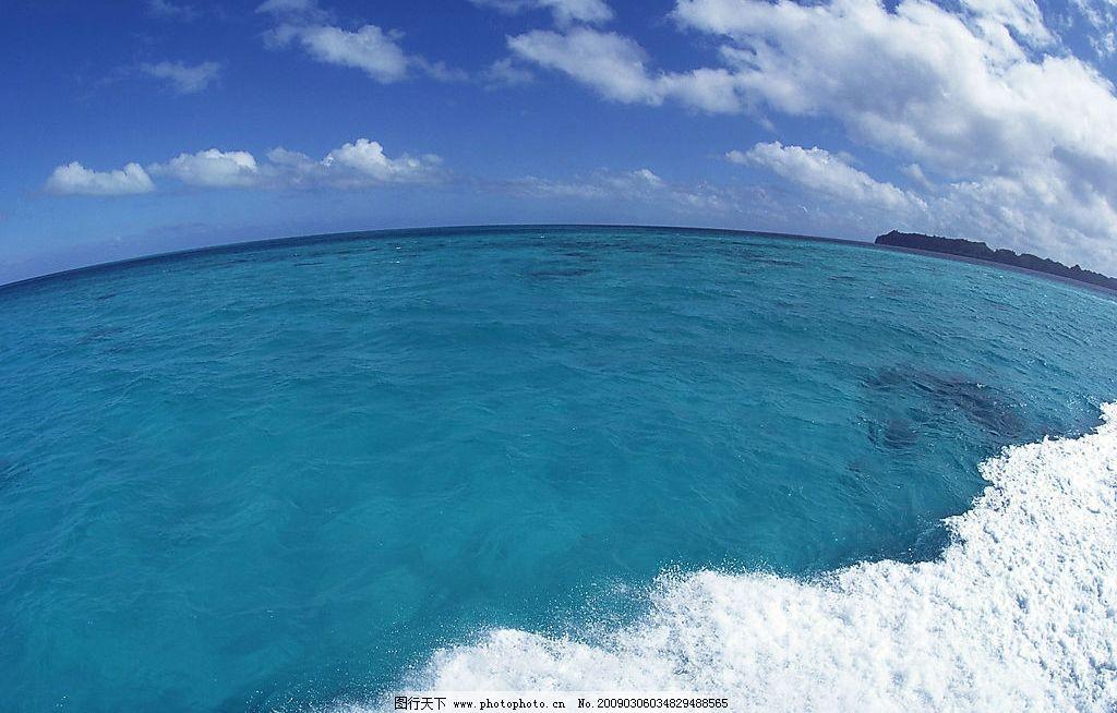 自然风景 自然风光 自然景观 天空 海面 大海 海洋 蔚蓝 深蓝 海水