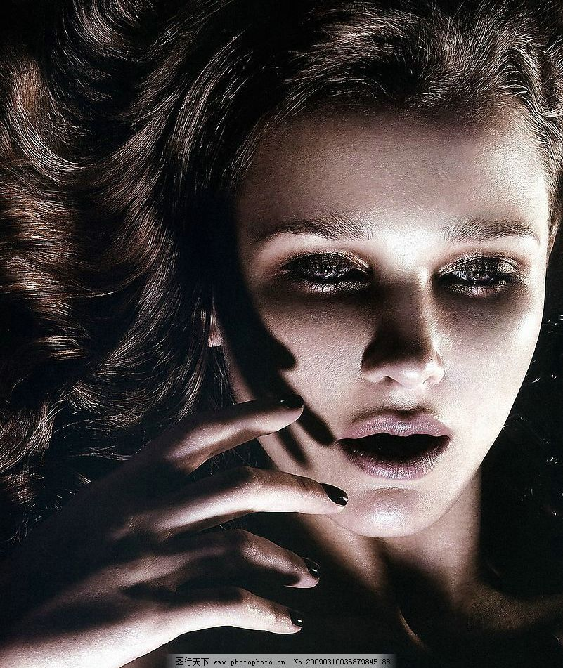 脸部化妆图片