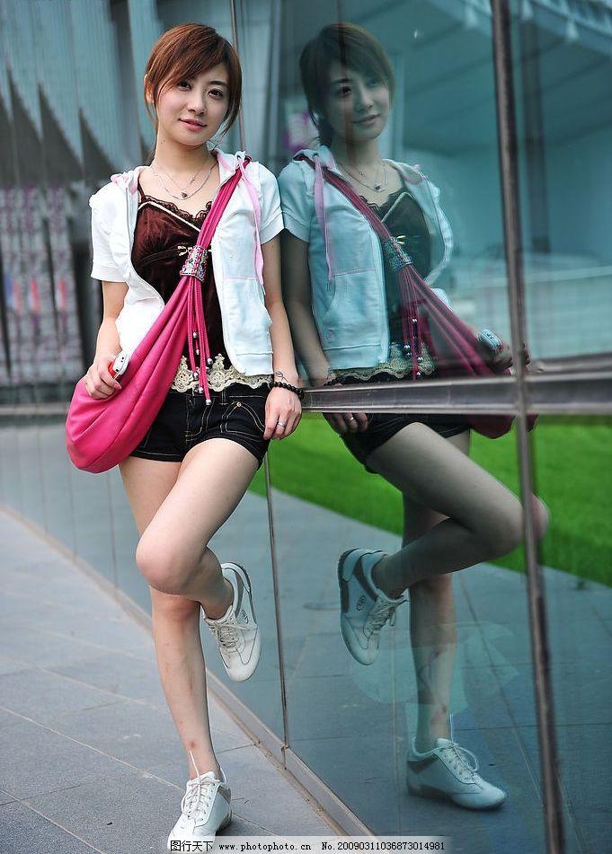清新外拍 美女 模特 清纯 可爱 时尚 清晰 漂亮 美丽 女生
