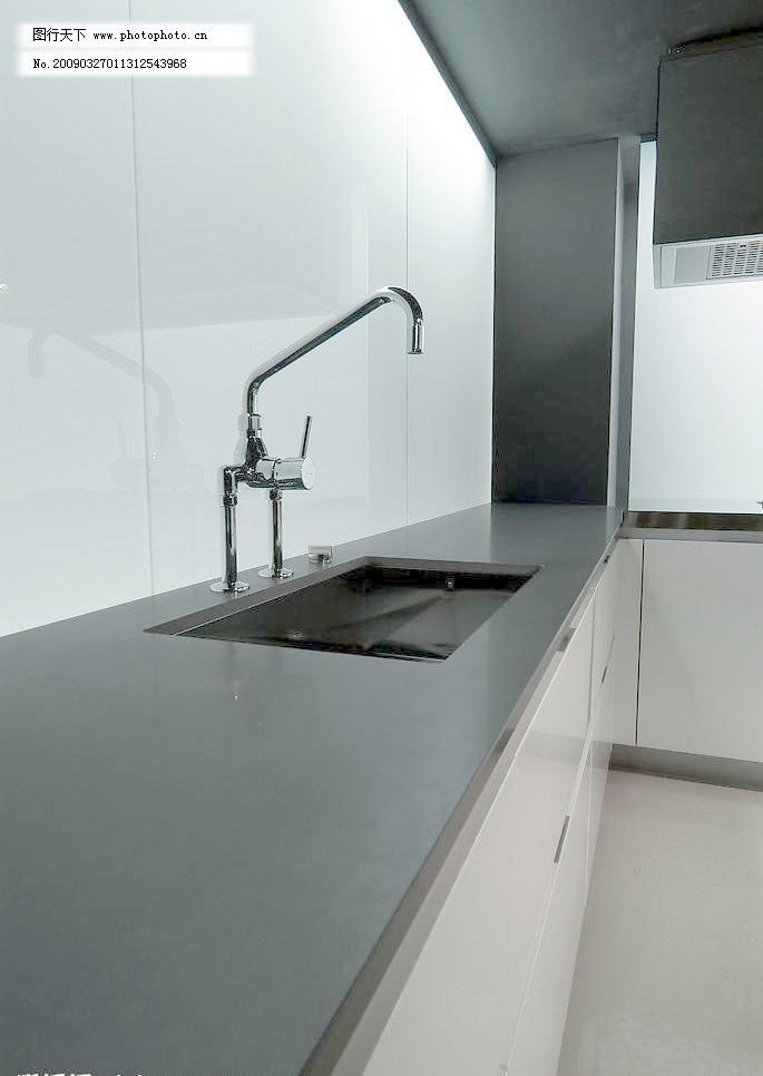 厨房水池水龙头特写图片_室内设计_装饰素材_图行天下